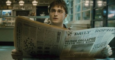 """HP6-FP-00024 DANIEL RADCLIFFE as Harry Potter in Warner Bros. Pictures' fantasy adventure """"Harry Potter and the Half-Blood Prince."""""""