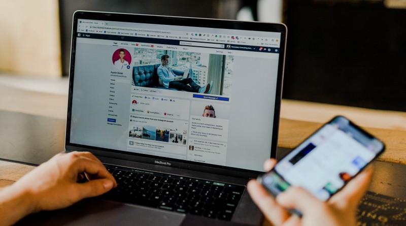 communiquer en ligne_à la une
