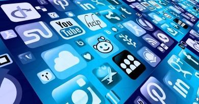 Les jeunes et les réseaux sociaux_à la une
